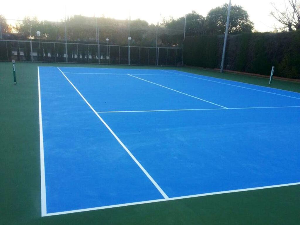 Pista de tenis en resina deportiva albolote