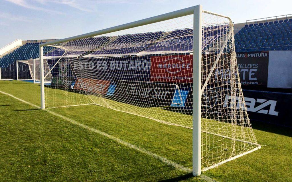 Portería de aluminio fija para fútbol once y fútbol siete